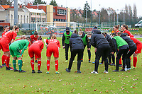 Woluwe players during the huddle before a female soccer game between FC Femina White Star Woluwe and Sporting Charleroi on the 10 th matchday of the 2020 - 2021 season of Belgian Scooore Womens Super League , Saturday 19 th of December 2020  in Woluwe , Belgium . PHOTO SPORTPIX.BE | SPP | SEVIL OKTEM