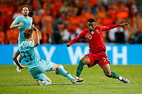 Nelson Semedo of Portugal and Frenkie de Jong of Netherlands during the UEFA Nations League Final match between Portugal and Netherlands at Estadio do Dragao on June 9th 2019 in Porto, Portugal. (Photo by Daniel Chesterton/phcimages.com)<br /> Finale <br /> Portogallo Olanda<br /> Photo PHC/Insidefoto <br /> ITALY ONLY