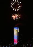 BOGOTA -COLOMBIA. 1-ENERO-2015<br /> . Con juegos pirotecnicos en la Torre  Colpatria la capital le dio la  bienvenida al año 2015. / With fireworks in the capital Torre Colpatria welcomed 2015.Photo: VizzorImage/ Felipe Caicedo / Staff