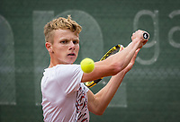 Netherlands, September 27,  2020, Beneden-Leeuwen, TV Lewabo, Competition, Men's premier league, TV Lewabo vs TV Suthwalda, Jesper de Jong (NED)  <br /> Photo: Henk Koster/tennisimages.com