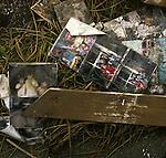 On March 11, 2011, earthquake of magnitude 9.0 and devastating tsunami hit the Tohoku area, killing more than 15,000 people and missing more than 5,000 people. Pictures washed away and found in the debries after tsunami.<br /> <br /> Le 11 mars 2011, un séisme de magnitude 9,0 et un tsunami dévastateur ont frappé la région de Tohoku, faisant plus de 15 000 morts et plus de 5 000 disparus. Des images emportées et retrouvées dans les ébauches après le tsunami.