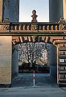 Frankfurt: Beethoven Bust over entrance. Basaltstrasse, in Bockenheim district. Photo '87.