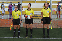 BUCARAMANGA - COLOMBIA, 25-11-2018: Lilley Manuela Mora, árbitro, durante partido por la fecha 6 de la Liga Femenina BetPlay DIMAYOR 2020 entre Real San Andrés y Deportivo Independiente Medellín jugado en la Cancha Marte de la ciudad de Bucaramanga. / Lilley Manuela Mora, referee, during match for the date 6 of the Women's League BetPlay DIMAYOR 2020 between Real San Andres and Deportivo Independiente Medellin played at Cancha Marte of Bucaramanga city. Photo: VizzorImage / Jose David Martinez / Cont