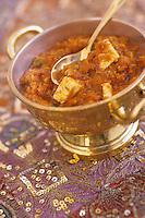 """Asie/Inde/Rajasthan/Udaipur: Hotel """"Taj Lake Palace"""" sur le lac Pichola - Recette """"Raarha Paneer"""" - Fromage aux légumes et épices"""
