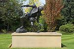 Dulwich Village, South London SE21 London UK 2008. Statue of Edward Alleyn actor in the grounds of Edward Alleyn House.