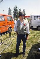 - Joseph Beuys; Krefeld, 12 maggio 1921 – Düsseldorf, 23 gennaio 1986) , pittore, scultore e artista tedesco. Qui nel giugno 1982 durante una manifestazione pacifista a Bonn.<br /> <br /> <br /> <br /> - Joseph Beuys; Krefeld, May 12, 1921 - Düsseldorf, January 23, 1986), German painter, sculptor and artist. Here in June 1982 during a pacifist event in Bonn