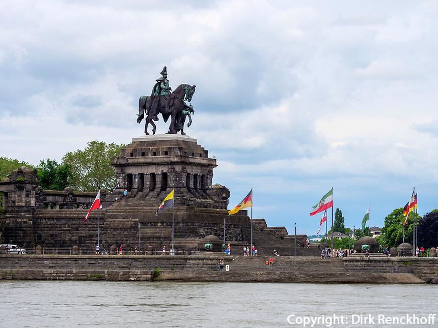Deutsches Eck, Koblenz, Rheinland-Pfalz, Deutschland, Europa<br /> Deutsches Eck, Koblenz, Rhineland-Palatinate, Germany, Europe