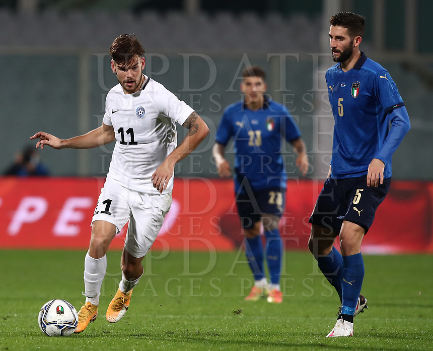 FBL- Friendly  football match Italy vs Estonia at the Artemio Franchi stadium in Florence on November 11, 2020.<br /> Estonia's Frank Livak (l) in action with Italy's Roberto Gagliardini (r) during the friendly football match between Italy snd Estonia at the Artemio Franchi stadium in Florence on November 11, 2020. <br /> UPDATE IMAGES PRESS/Isabella Bonotto
