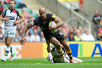 Tom Varndell of London Wasps scores a try during the Aviva Premiership match between London Wasps and Harlequins at Twickenham on Saturday 1st September 2012 (Photo by Rob Munro).