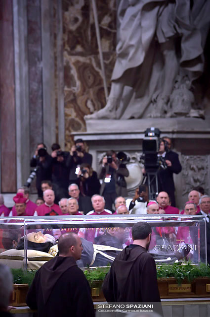 The transparent coffin of St Padre Pio in St Peter's basilica,a the Vatican.Pope Francis leads the mass for Ash Wednesday, opening Lent, the forty-day period of abstinence and deprivation for the Christians, before the Holy Week and Easter on February,10, 2016