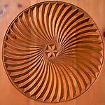 motif de sculpture du typiques du Queyras<br /> jean Louis philip (les moulins)