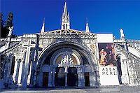 France, Lourdes, pilgrim, Midi-Pyrenees, Hautes-Pyrenees, Europe, World Pilgrimage Center, Basilica of the Rosary.