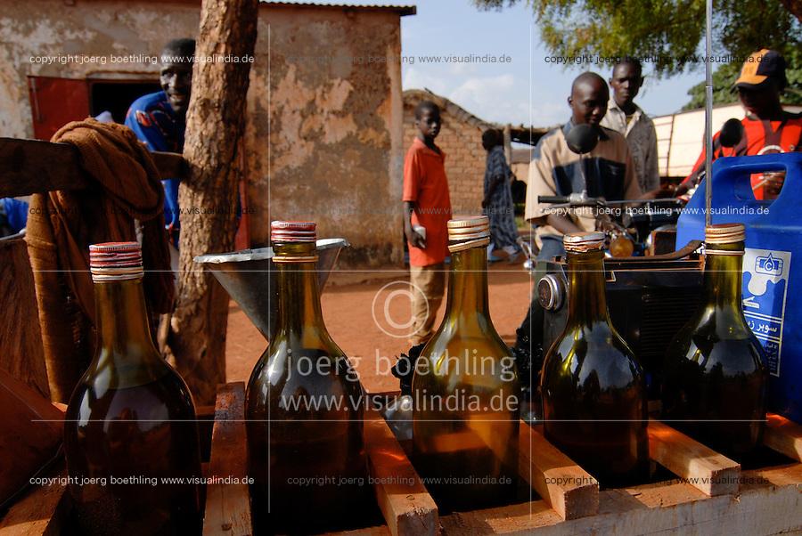 Mali Bamako, fuel station with fuel in bottles / MALI Bamako Tankstelle mit Benzin in Flaschen