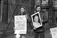 - manifestazione in appoggio al sindacato polacco Solidarnosc (febbraio 1982)....- demonstration in support of Polish labor union Solidarnosc (February 1982)