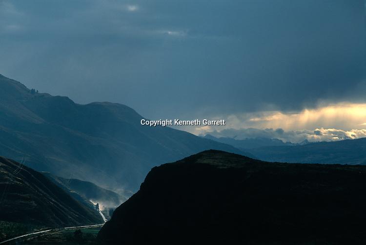Empires of the Sun; Peru; Wari; Huari, Cuzco Valley, Inca Road