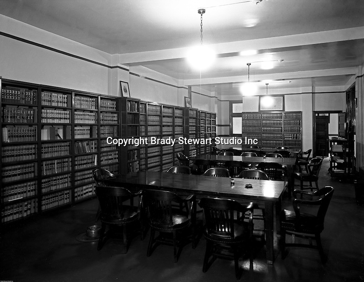 Pittsburgh PA: View of the Duquesne University Law Library.<br /> Brady Stewart was hired to photography the campus, classrooms and offices for a publication to increase enrollment at the Catholic University.