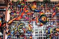 Sales of souvenirs in the tourist destination Puerto Peñasco, Sonora, Mexico. crafts, art, handicrafts, beachwear and accessories, ceramics, sunglasses, Mexican handicrafts, leather guarache, Mexican guarache, sun hat and decorative items. (Photo: Luis Gutierrez /NortePhoto.com)..<br /> Venta de Recuerdos en el destino turistico Puerto Peñasco, Sonora, Mexico. artesanias, arte, manualidades, ropa y accesorios de playa, ceramica, lentes de sol, artesanias mexicanas, guarache de piel, guarache mexicanos, sombrero para el sol y articulos de decoracion. (Photo: Luis Gutierrez /NortePhoto.com)