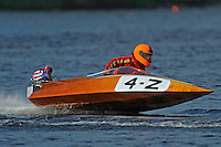 4-Z  (Outboard Runabouts)