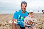 Suín and Kieran Counihan enjoying Fenit beach on Sunday.