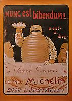 Europe/France/Auvergne/63/Puy-de-Dôme/Clermont-Ferrand: Anciennes publicités pour Michelin [Non destiné à un usage publicitaire - Not intended for an advertising use]