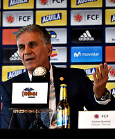 BOGOTÁ-COLOMBIA, 11-03-2019: Carlos Querioz, Director Técnico de La Selección Colombia de fútbol, gesticula durante rueda de prensa en la Sede Deportiva de la Federación Colombiana de Fútbol en Bogotá, 23 jugadores para la gira por Japón y Corea en la fecha FIFA. / Carlos Querioz, Technical Director of The Colombian Soccer Team, gestures during a press conference at the Sports Venue of the Colombian Football Federation in Bogota, 23 players for the tour of Japan and Korea on the FIFA date. / Photo: VizzorImage / Luis Ramírez / Staff.