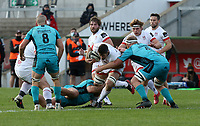 25 October 2020; Sam Carter of Ulster in action against Lloyd Fairbrother (3) and Harrison Keddie (6) of the Dragons during the Guinness PRO14 match between Ulster and Dragons at Kingspan Stadium in Belfast. Photo by John Dickson/Dicksondigital