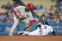 08/9/11 Los Angeles, CA: Philadelphia Phillies shortstop Jimmy Rollins #11 during an MLB game against the Los Angeles Dodgers played at Dodger Stadium. The Phillies defeated the Dodgers 2-1.