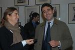 """BARBARA LESSONA CON IL MARITO ALBERTO GAIDO<br /> VERNISSAGE """" A RIVEDERCI ROMA"""" DI PRISCILLA RATTAZZI<br /> GALLERIA MONCADA ROMA 2004"""