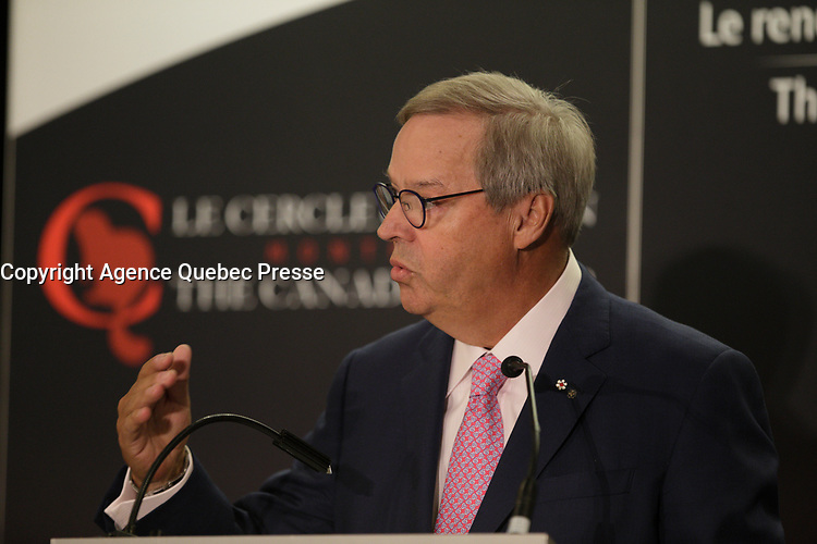 L Jacques Menard<br /> , BMO, Nesbitt-Burns Montreal, a la tribune du Cercle Canadien de Montreal, lundi 24 avril 2017.<br /> <br /> PHOTO  : Pierre Roussel - Agence Quebec Presse