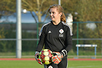 OHL's goalkeeper Mirthe Claes pictured during a female soccer game between SV Zulte - Waregem and Oud Heverlee Leuven on the sixth matchday of the 2020 - 2021 season of Belgian Scooore Women s SuperLeague , saturday 7 th of November 2020  in Zulte , Belgium . PHOTO SPORTPIX.BE   SPP   DIRK VUYLSTEKE