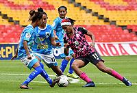 BOGOTA - COLOMBIA, 01-11-2020: Independiente Santa Fe y Llaneros F. C., durante partido por la fecha 5 de la Liga Femenina BetPlay DIMAYOR 2020 jugado en el estadio Nemesio Camacho El Campin en la ciudad de Bogota. / Independiente Santa Fe and Llaneros F. C., during a match for the 5th date of the Women's League BetPlay DIMAYOR 2020 played at the Nemesio Camacho El Campin stadium in Bogota city. / Photo: VizzorImage / Luis Ramirez / Staff.