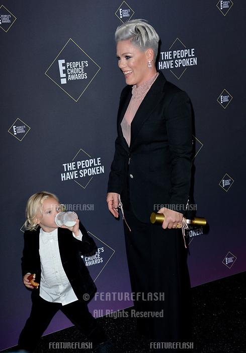 SANTA MONICA, USA. November 11, 2019: Pink & Jameson Hart at the 2019 E! People's Choice Awards at Santa Monica Barker Hangar.<br /> Picture: Paul Smith/Featureflash