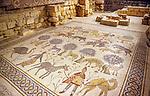 Jordanien, Berg Nebo: roemisches Bodenmosaik mit Tieren und Jagdszenen | Jordan, Mount Nebo: Roman mosaics showing hunting scenes and animals