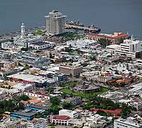 aerial photograph of central Veracruz, Mexico, including the Museo Baluarte de Santiago, Veracru located in the old fortress in the center of the photograph, left background the Faro Venustiano Carranza lighthouse and behind it, the PEMEX tower | fotografía aérea del centro de Veracruz, México, incluyendo el Museo Baluarte de Santiago, Veracru ubicado en la antigua fortaleza el faro del Faro Venustiano Carranza y a torre de PEMEX