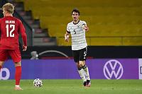 Mats Hummels (Deutschland Germany) gibt Anweisungen - Innsbruck 02.06.2021: Deutschland vs. Daenemark, Tivoli Stadion Innsbruck
