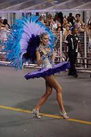 SÃO PAULO, SP, 15.02.2015  CARNAVAL 2015  SÃO PAULO  GRUPO ESPECIAL /VAI VAI . A apresentadora Ana Hickmann durante desfile da escola de samba Vai Vai, na madrugada deste domingo, 15. (Foto: Adriana Spaca / Brazil Photo Press).