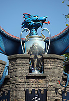 Pictured: A blue dragon, the trophy and a series of UEFA banners draped outside Cardiff Castle Thursday 25 May 2017<br />