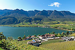Italien, Suedtirol, Kaltern am Kalterer See, Ortsteil Kreith: der waermste Badesee der Alpen | Italy, Alto Adige - Trentino (South Tyrol), Lago di Caldaro, district Kreith: the warmest swimming lake of the Alps