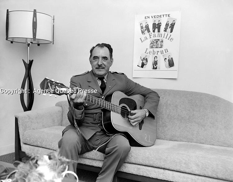 ARCHIVE -<br /> <br />  Le soldat Roland Lebrun<br /> <br /> Date : Entre le 6 et le 12 novembre 1967<br /> <br /> PHOTO :  Agence Quebec Presse -  Photo Moderne