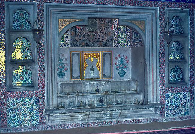Istanbul, Sultan's Chamber, Harem, Topkapi Palace