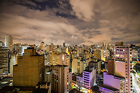 SÃO PAULO, SP, 17.03.2019 - TURISMO-SÃO PAULO - Vista da região central cidade de São Paulo à noite. (Foto: William Volcov/Brazil Photo Press)