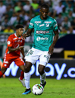 PALMIRA - COLOMBIA, 08-02-2020: Andres Colorado del Cali en acción durante partido entre Deportivo Cali y América de Cali por la fecha 4 de la Liga BetPlay DIMAYOR I 2020 jugado en el estadio Deportivo Cali de la ciudad de Palmira. / Andres Colorado of Cali in action during match between Deportivo Cali and America de Cali for the date 4 as part of BetPlay DIMAYOR League I 2020 played at Deportivo Cali stadium in Palmira city. Photo: VizzorImage / Nelson Rios / Cont