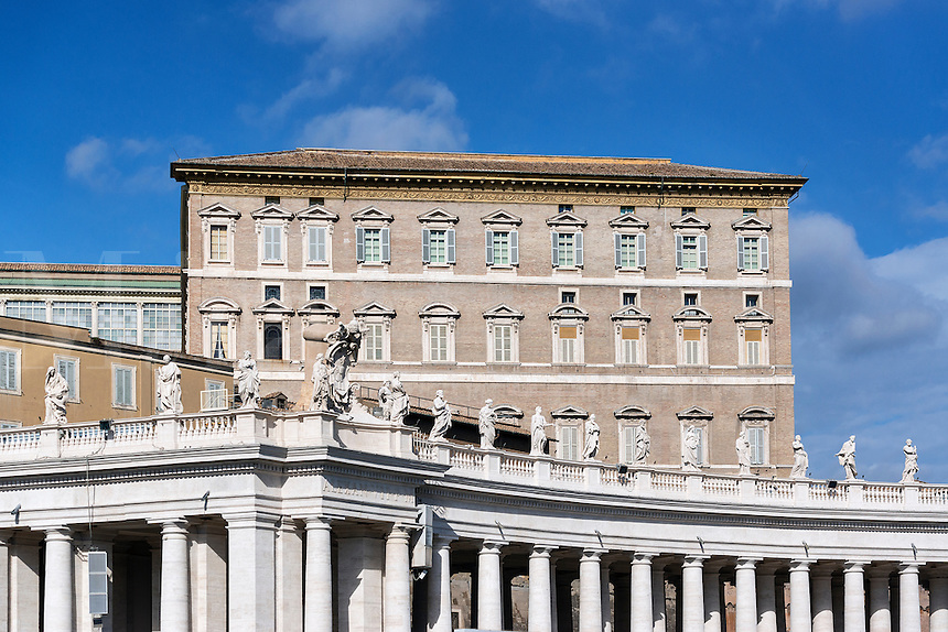 The Pope's appartment and Bernini's colonnade, Vatican City, Rome, Italy