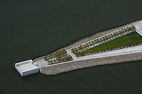 aerial photograph Franklin D. Roosevelt Four Freedoms Park, Roosevelt Island, East River, Manhattan, New York City