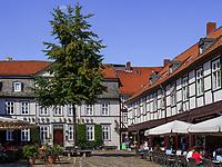 Hirsch-Apotheke am Schuhhof, Goslar, Niedersachsen, Deutschland, Europa, UNESCO-Weltkulturerbe<br /> Hirsch Pharmaacy at Schuhhof, Goslar, Lower Saxony,, Germany, Europe, UNESCO Heritage Site