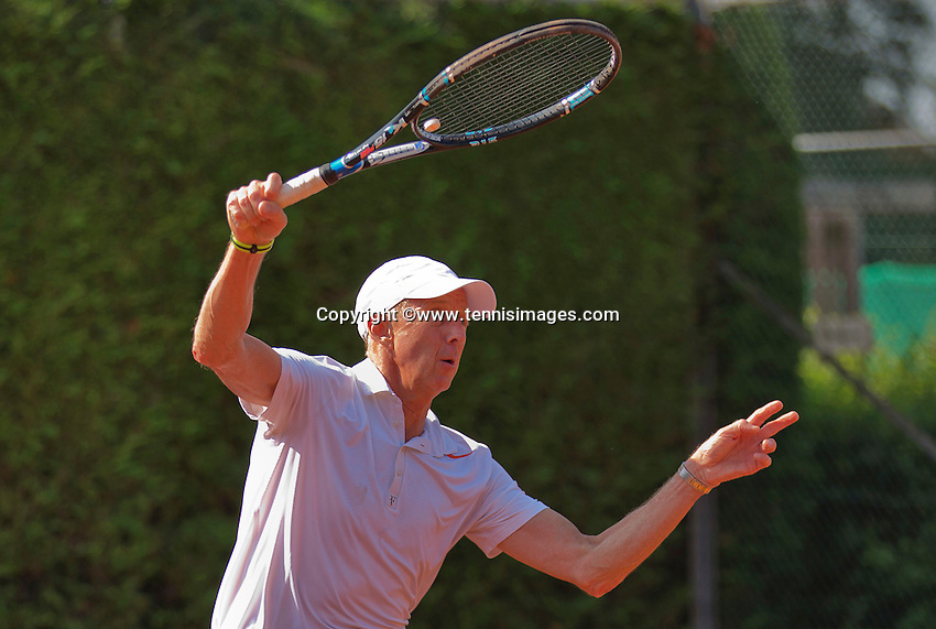 Netherlands, Amstelveen, August 22, 2015, Tennis,  National Veteran Championships, NVK, TV de Kegel,  Men's  60+, Martin Koek<br /> Photo: Tennisimages/Henk Koster