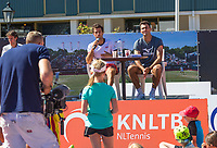 Den Bosch, Netherlands, 13 June, 2017, Tennis, Ricoh Open, Kidsday, autugraph session with Tacau (R) and Rojer<br /> Photo: Henk Koster/tennisimages.com