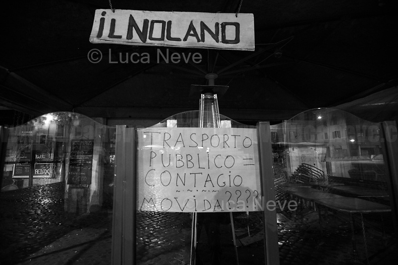 Restaurants protest against the new rules and restrictions. <br />