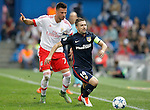 Atletico de Madrid's Gabi Fernandez (r) and SL Benfica's Andreas Samaris during Champions League 2015/2016 match. September 30,2015. (ALTERPHOTOS/Acero)