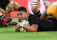 7th November 2020, Brisbane, Australia; Tri Nations International rugby union, Australia versus New Zealand;  Patrick Tuipulotu of the All Blacks scores a try